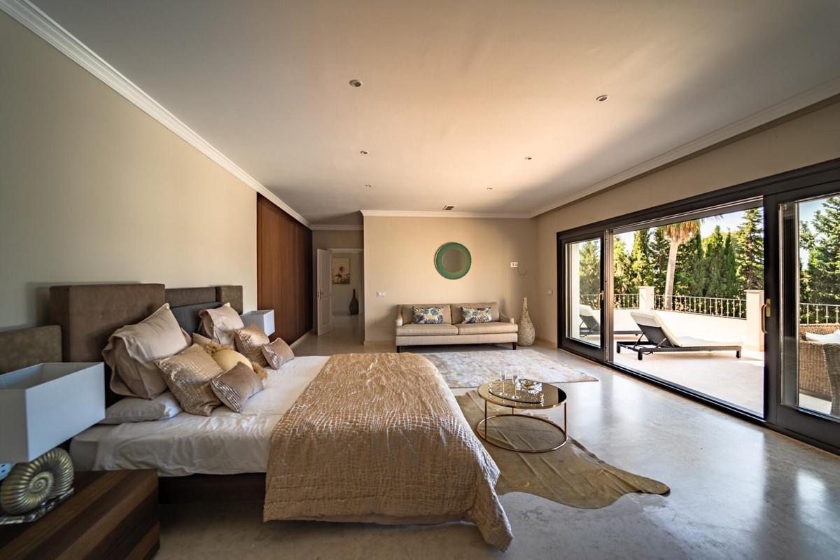 House en Aloha R3605477 6