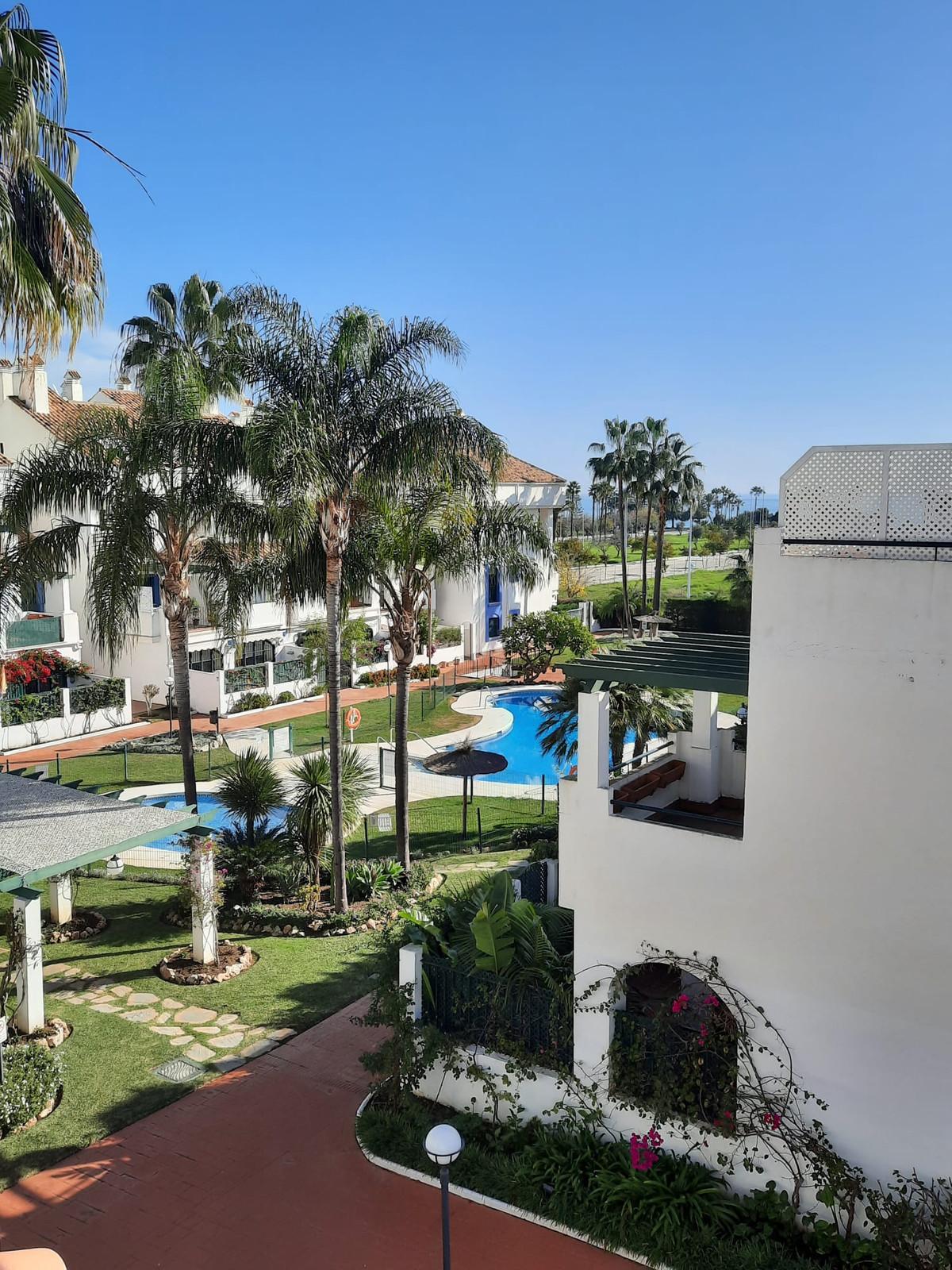 Apartamento  Ático en alquiler  en San Pedro de Alcántara