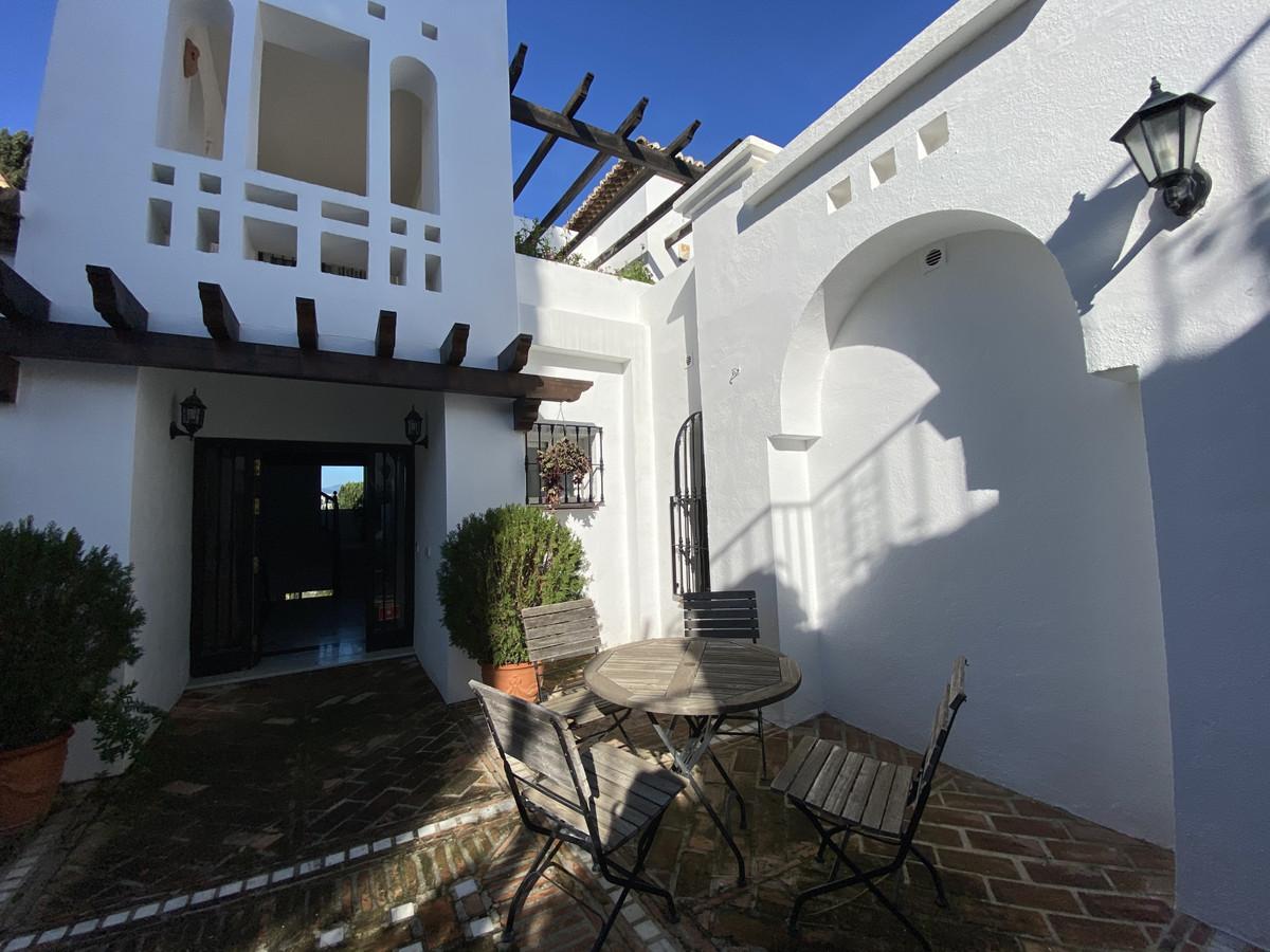 House en Aloha R3830077 15