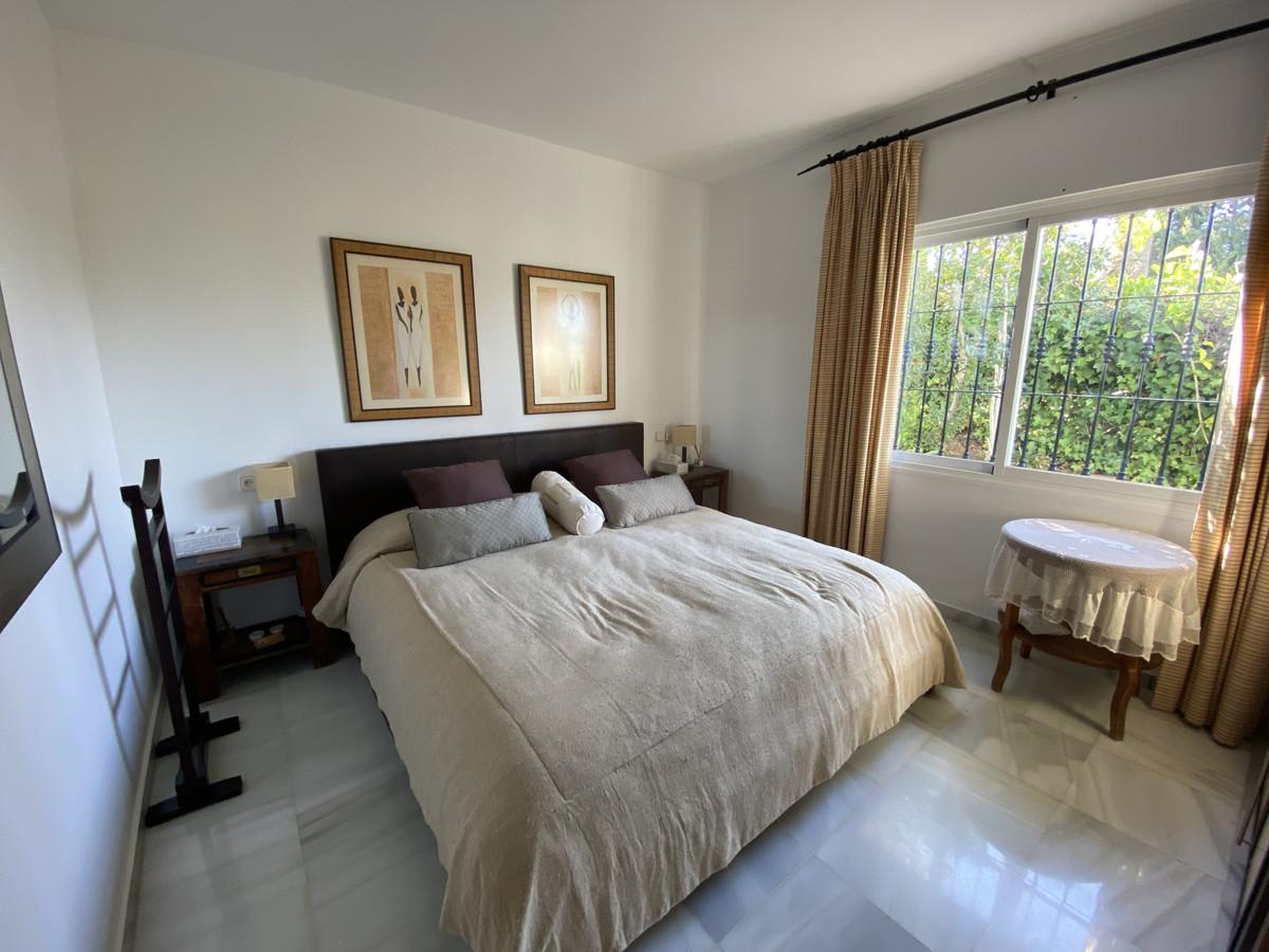 House en Aloha R3830077 19
