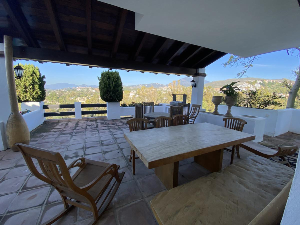 House en Aloha R3830077 32