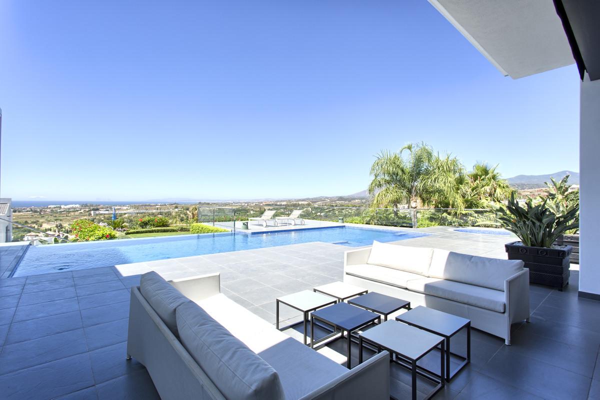 Detached Villa for sale in Los Flamingos R3704738