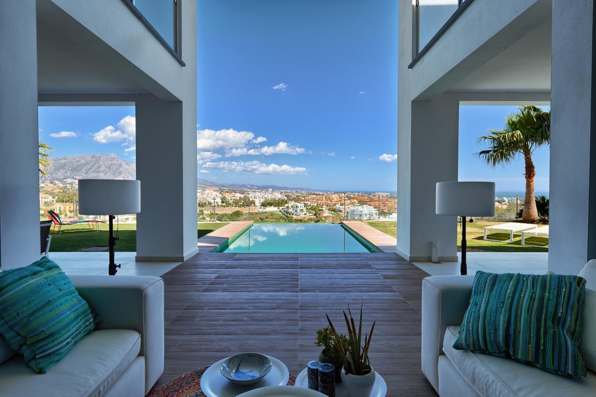 Detached Villa for sale in Benahavís R3727666