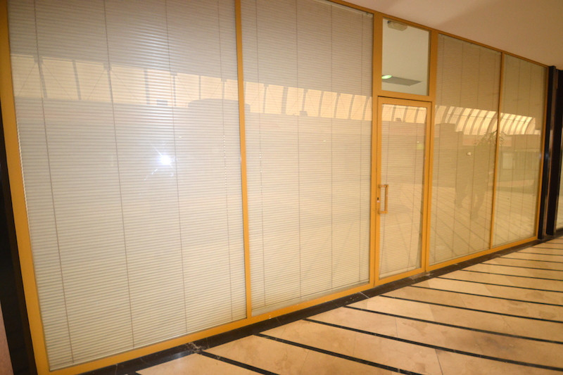 Office in a commercial center in the middle of Puerto Banus. There is underground parking downstairs,Spain