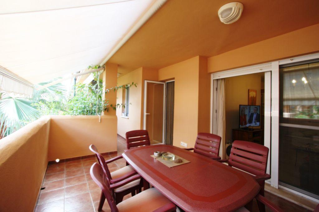 Apartment  Middle Floor  in Las Chapas