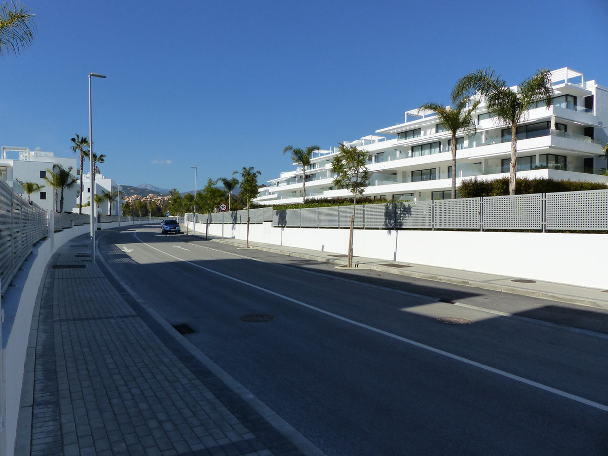 Middle Floor Apartment, Atalaya, Costa del Sol. 2 Bedrooms, 2 Bathrooms, Built 104 m², Terrace 82 m²,Spain