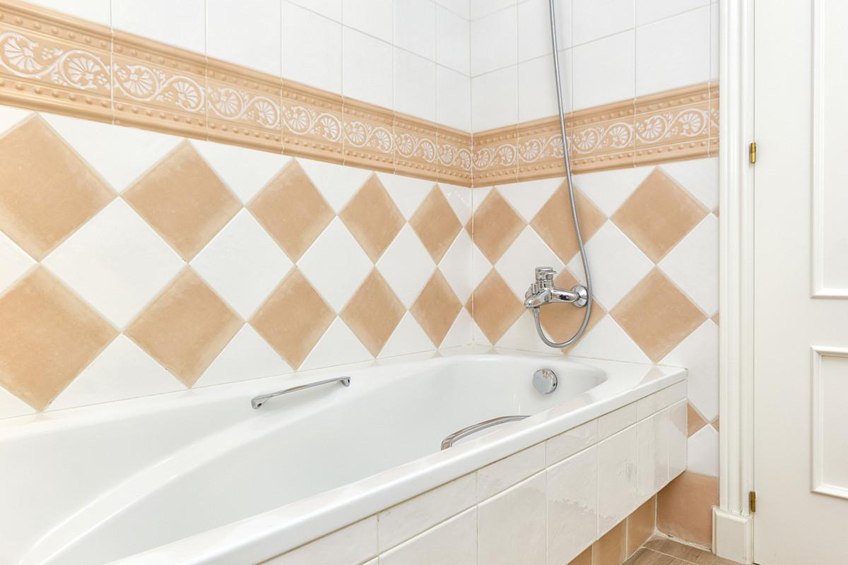 2 Bedroom Apartment For Sale, Elviria