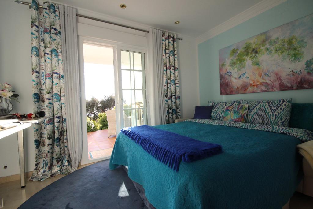 3 Bedroom Semi Detached Villa For Sale Elviria