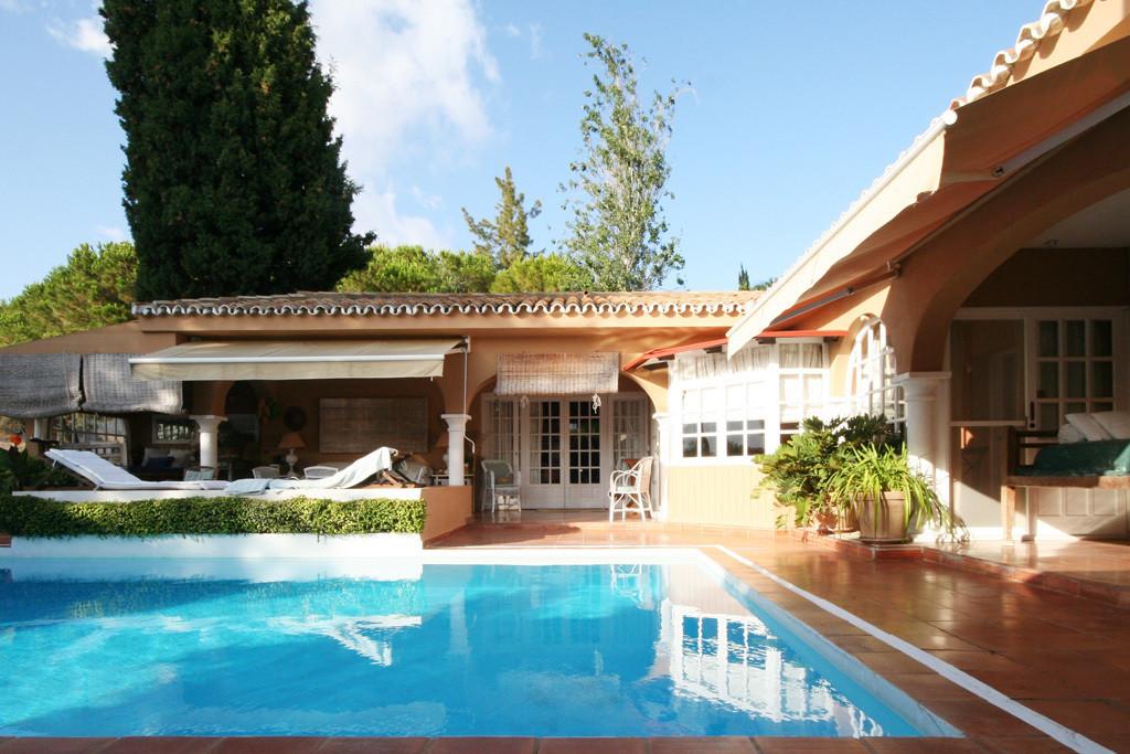 Villa for sale in Las Chapas - Marbella East Villa - TMRO-R2745905