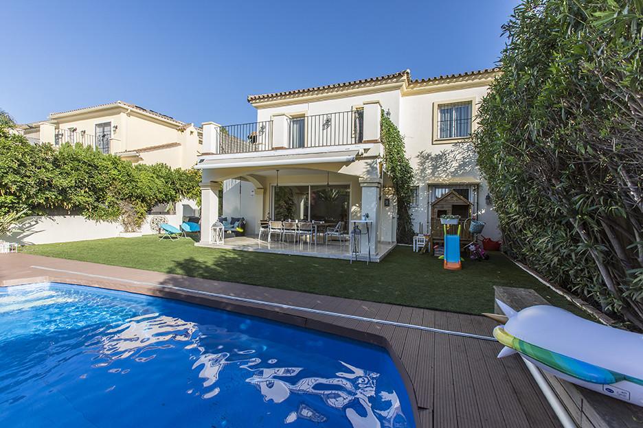 Semi Detached Villa for sale in Elviria - Marbella East Semi Detached Villa - TMRO-R3289156