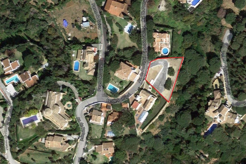 Residential Plot in Elviria