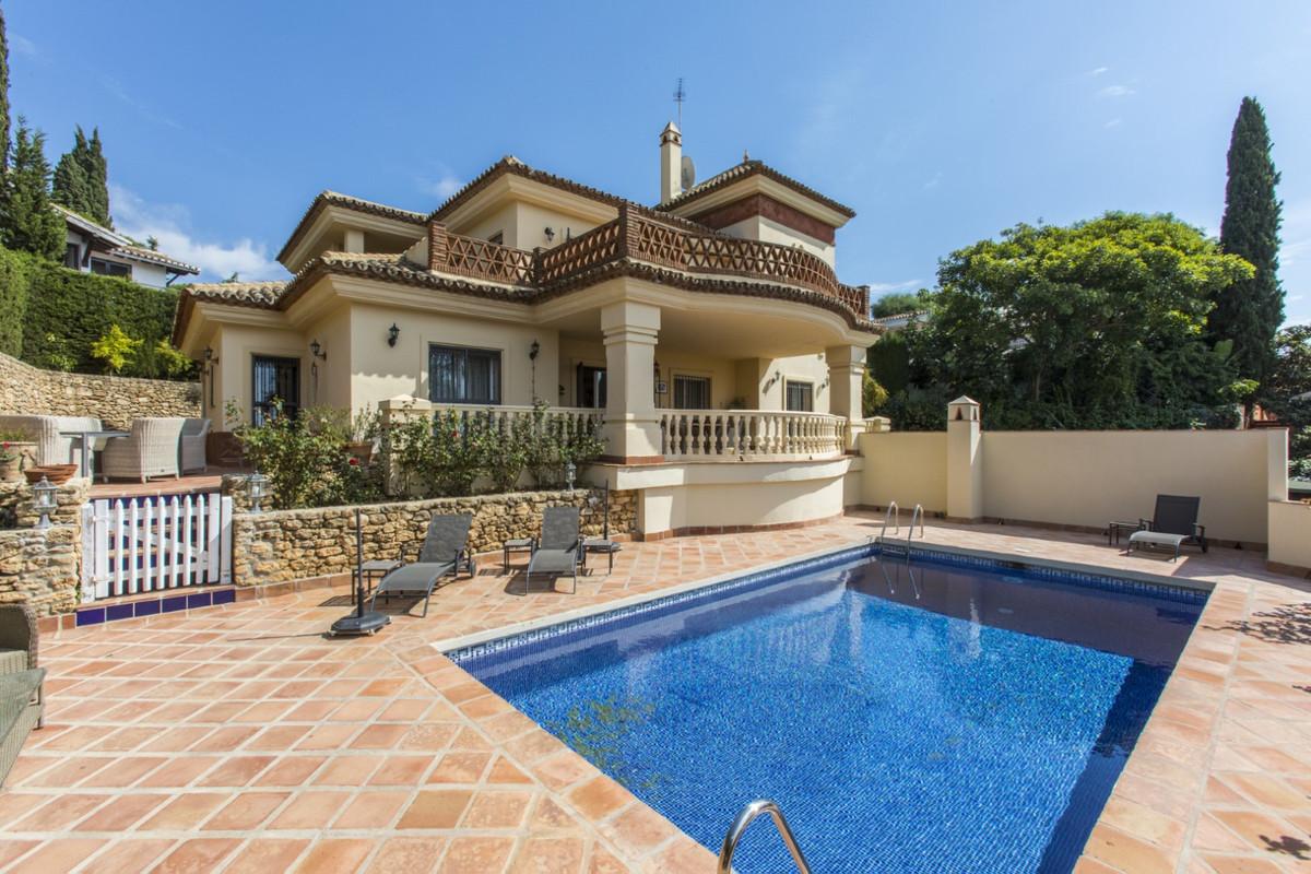 Villa Te Koop - Elviria