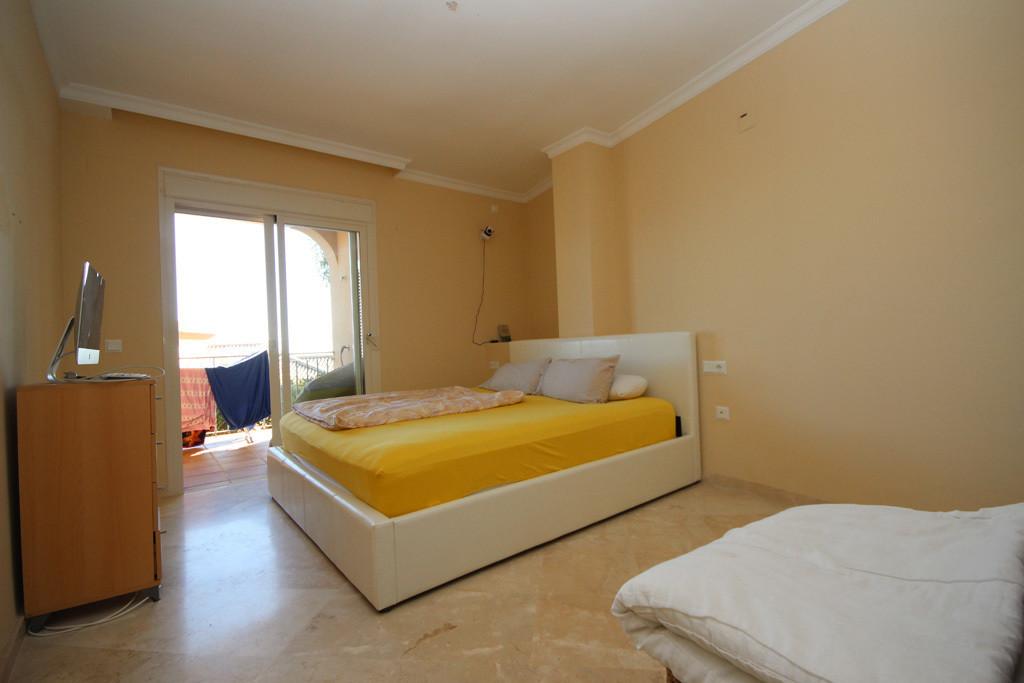 2 Bedroom Ground Floor Apartment For Sale Elviria