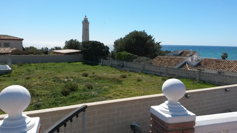 Plot for sale with building and planning  permission. The plot is located  en El Faro with the magni,Spain