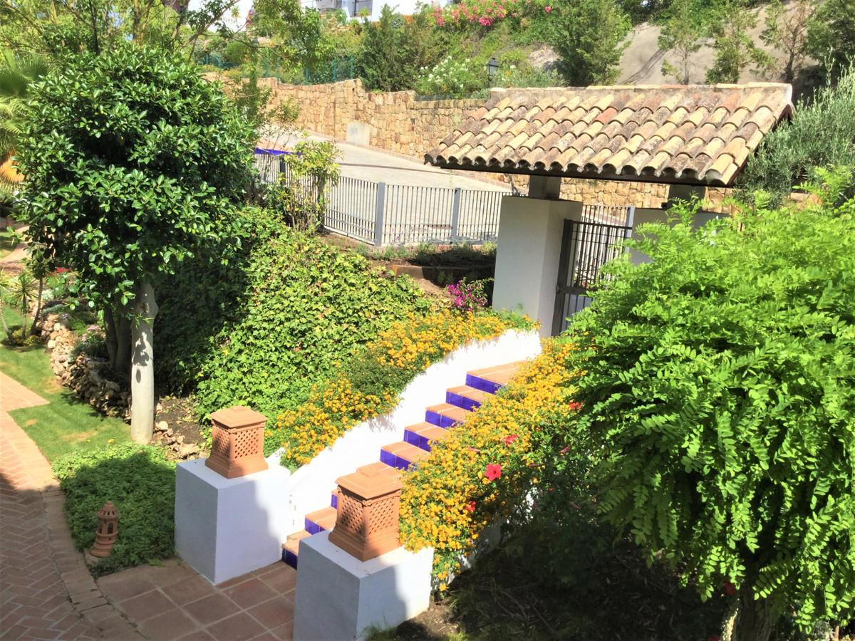 Amazing 2 beds/ 2 baths ground floor apartment in the prestigious area of Benahavis, with stunning s,Spain