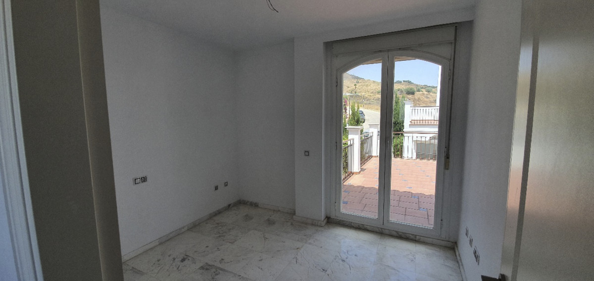 Villa Semi Detached in Riviera del Sol, Costa del Sol