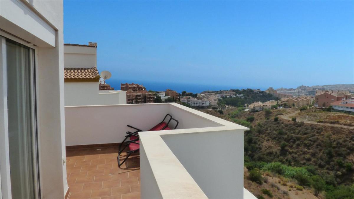 Semi-Detached House, Fuengirola, Costa del Sol. 3 Bedrooms, 2.5 Bathrooms, Built 107 m², Terrace 35 ,Spain