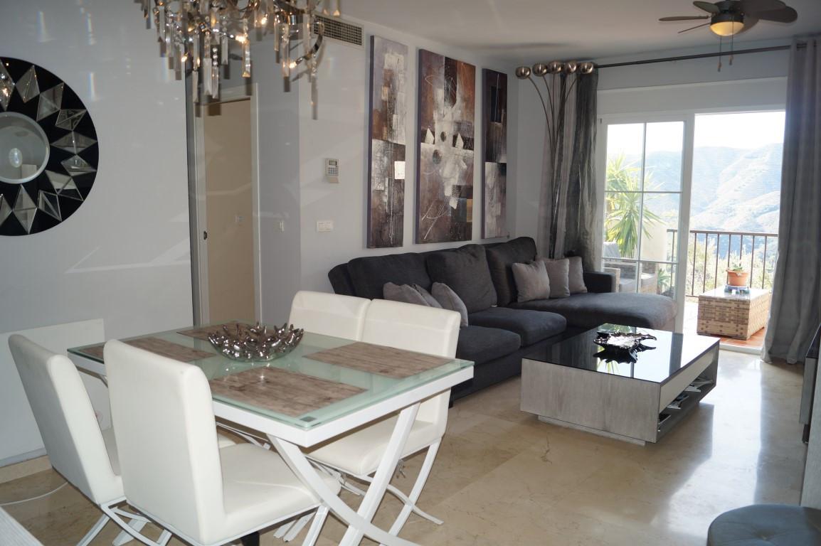 Apartamento  Planta Media en alquiler  en Istán