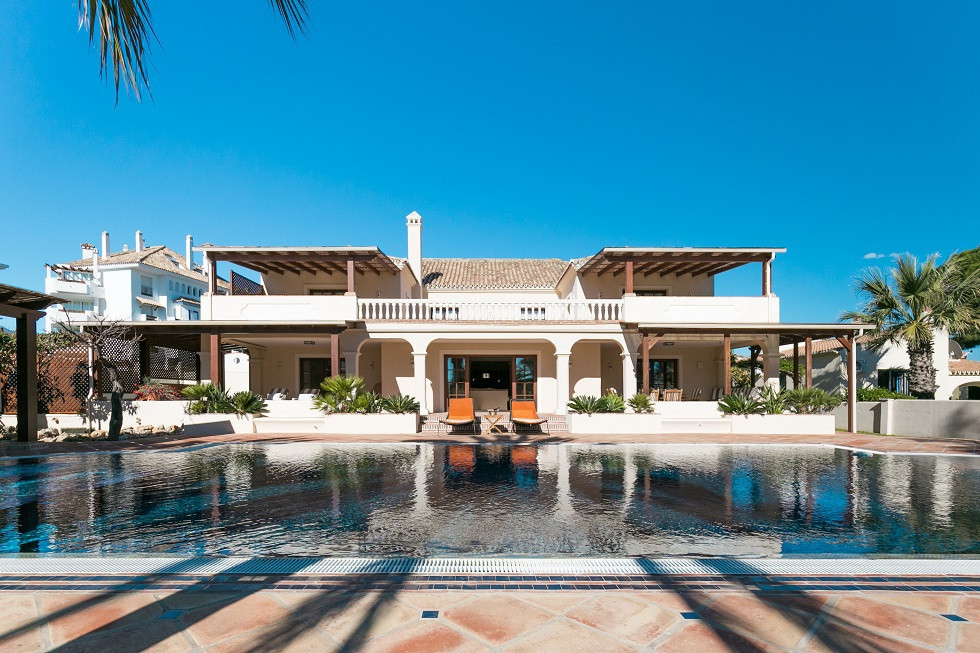 El Rosario, beachside (Las Chapas) This villa is offered for sale exclusively in one of the best are,Spain