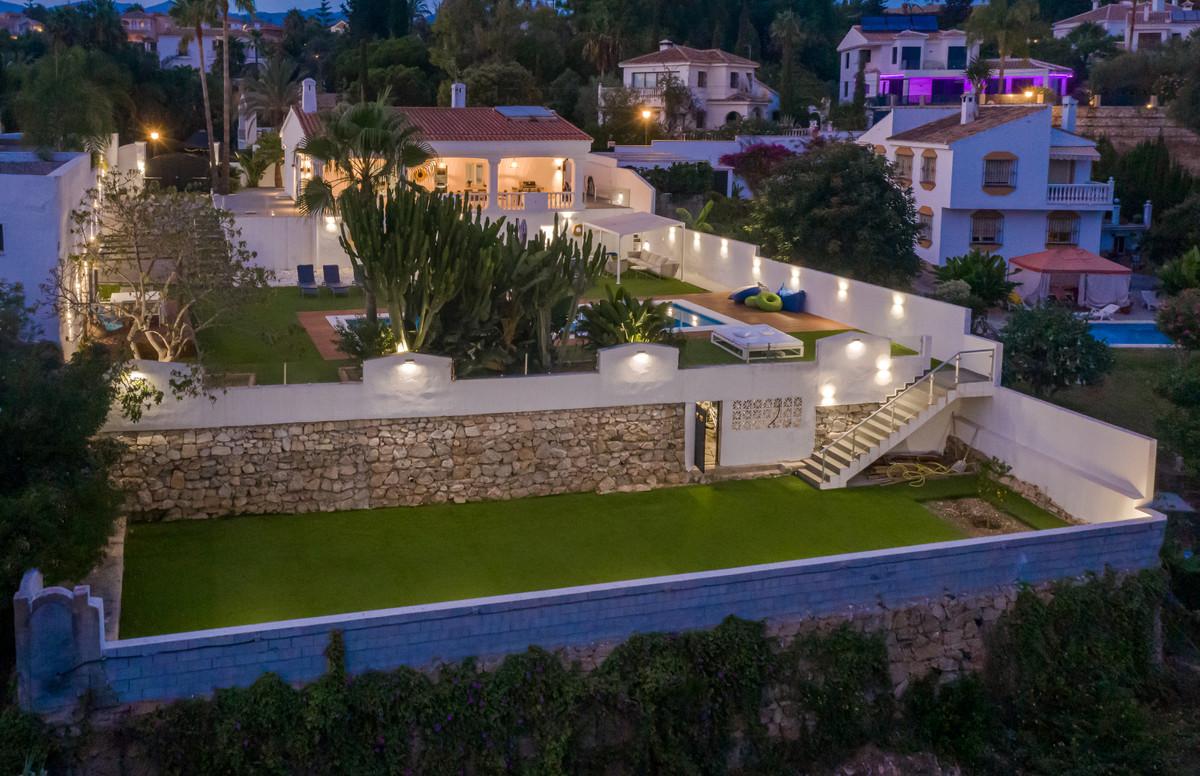Villa en vente à El Rosario R3931990