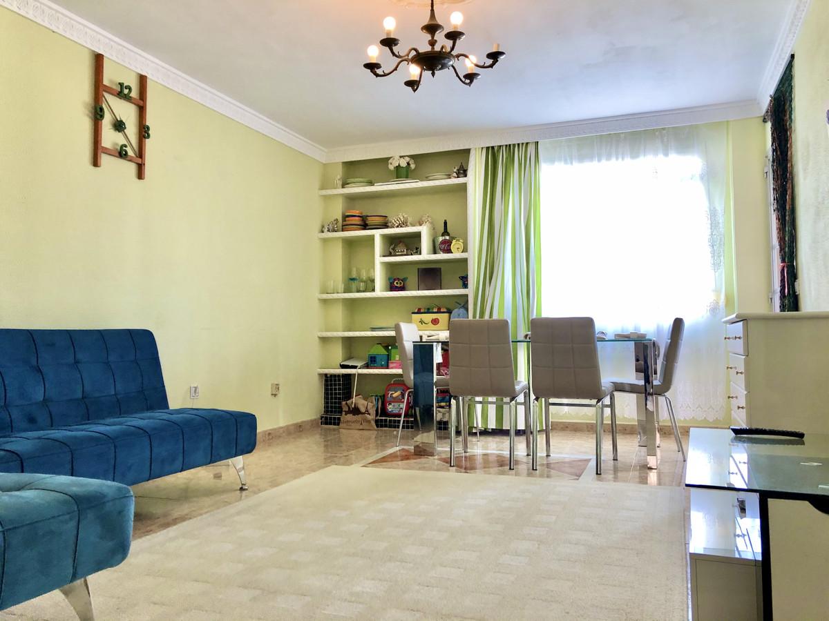 Apartment Middle Floor San Pedro de Alcántara Málaga Costa del Sol R2766824