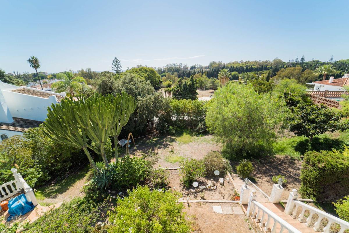 Villa Detached Elviria Málaga Costa del Sol R3096667 6