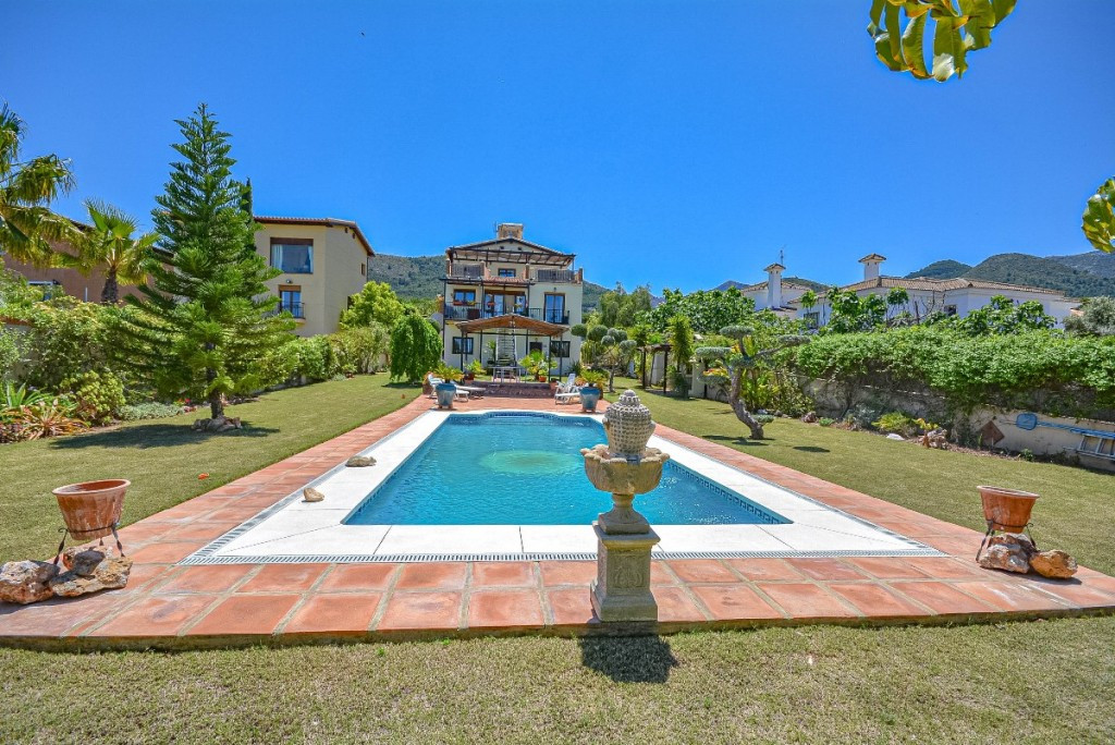 Villa Detached Alhaurín de la Torre Málaga Costa del Sol R2214611 3