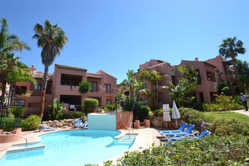 Apartment Penthouse Elviria Málaga Costa del Sol R283898 10