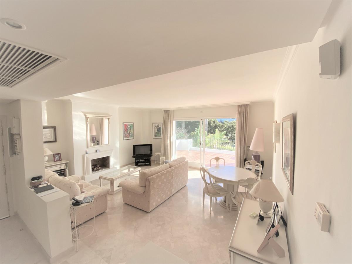 Apartment Penthouse Benahavís Málaga Costa del Sol R2742563 3