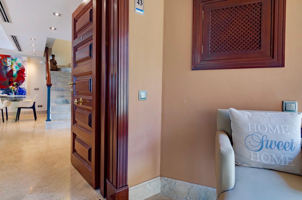 Apartment Penthouse San Pedro de Alcántara Málaga Costa del Sol R3388216 5