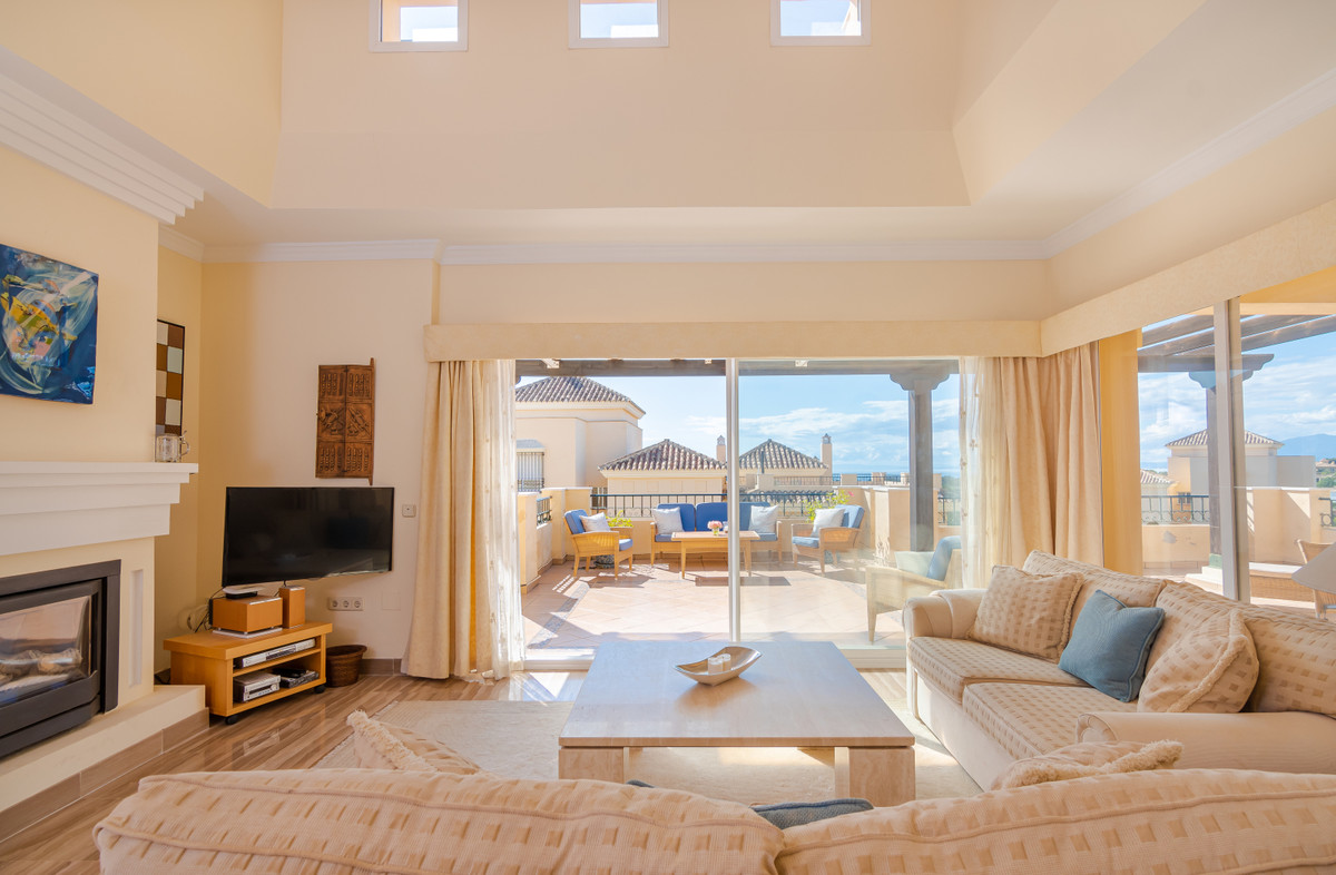 Apartment Penthouse Elviria Málaga Costa del Sol R3537454 7