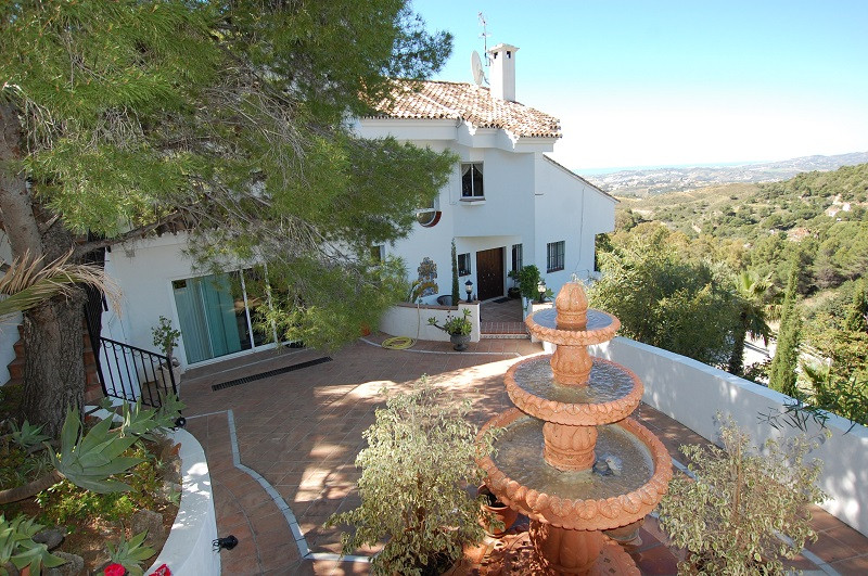 Villa Detached Mijas Málaga Costa del Sol R3181570