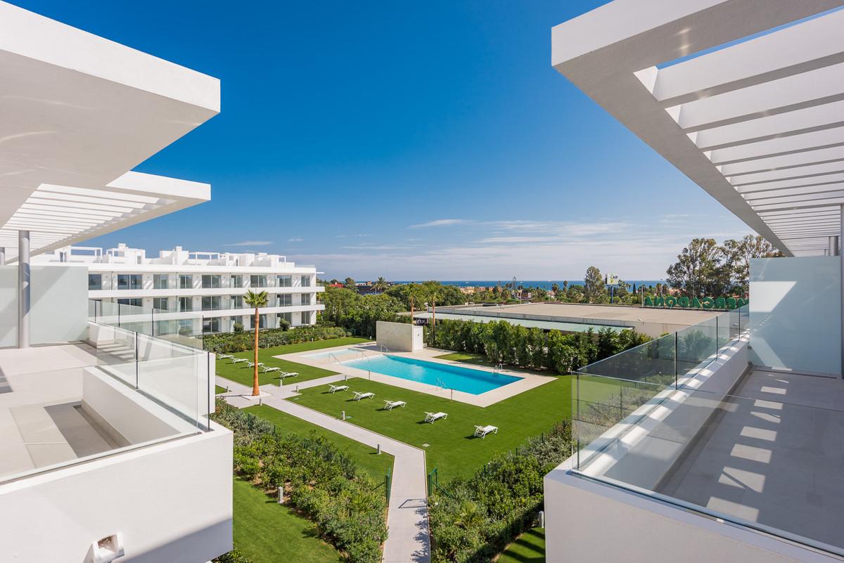 Apartment Middle Floor Estepona Málaga Costa del Sol R3146242