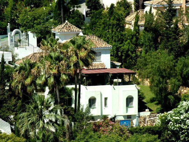 Villa Detached Nueva Andalucía Málaga Costa del Sol R2275418