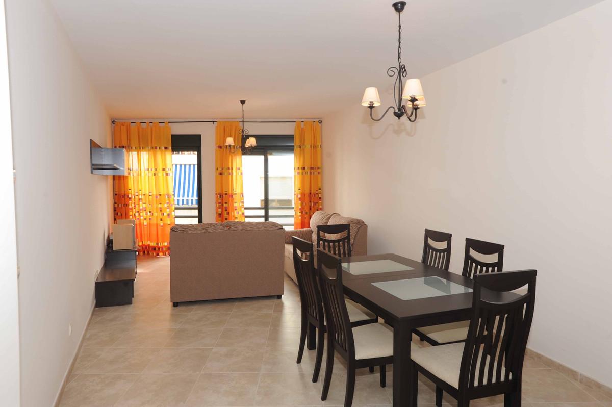 Apartment Middle Floor San Pedro de Alcántara Málaga Costa del Sol R2268770 8