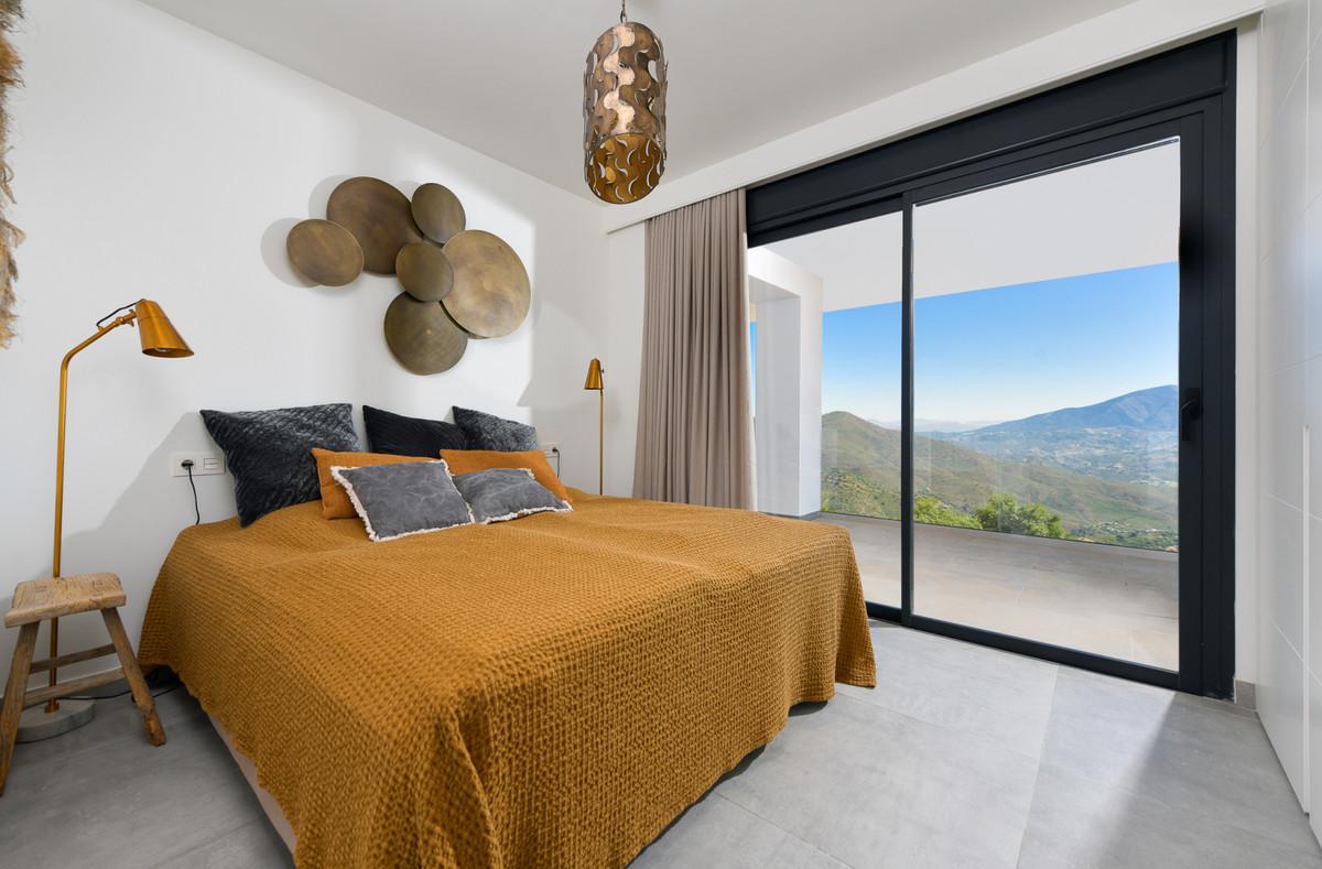Unifamiliar con 3 Dormitorios en Venta La Mairena