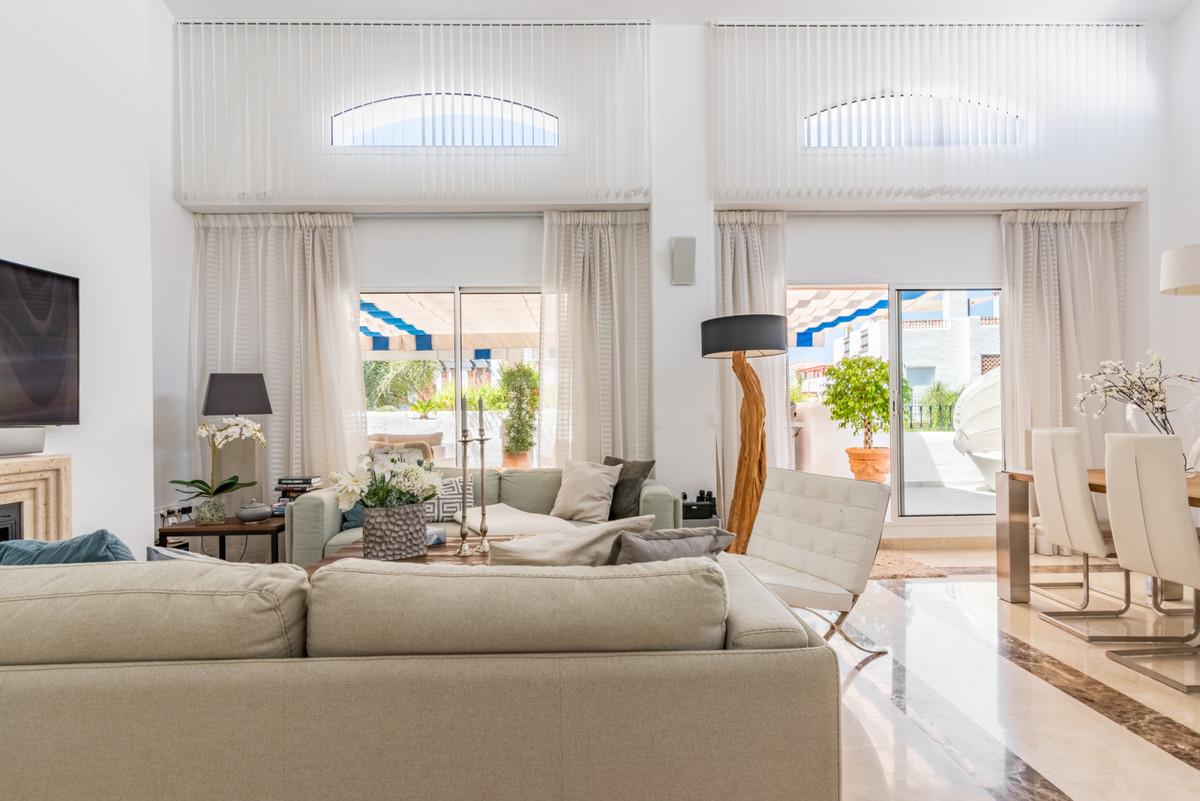 Apartment Penthouse San Pedro de Alcántara Málaga Costa del Sol R3442174 5
