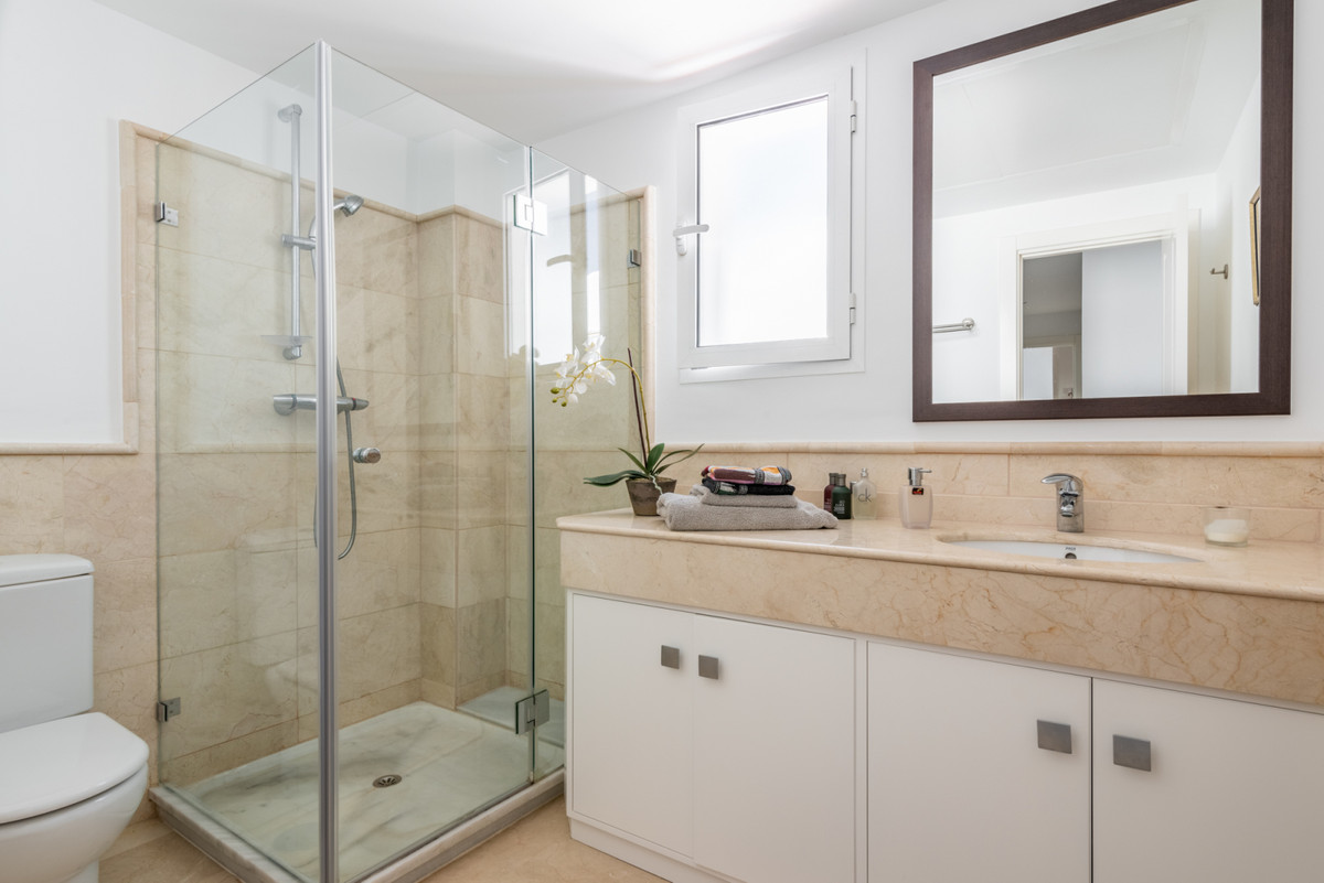 Apartment Penthouse San Pedro de Alcántara Málaga Costa del Sol R3442174 9