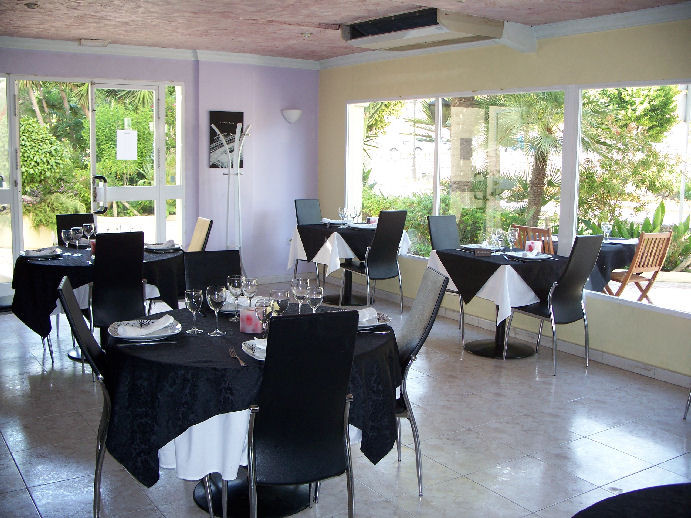 This popular Restaurant is close to the beaches and Estepona Marina.  The restaurant has seating for,Spain