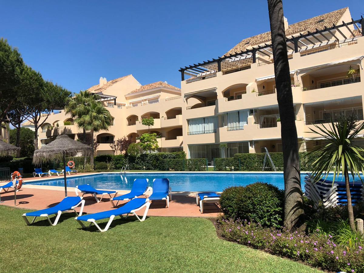 Beautiful 2 bedroom apartment located in one of the most popular developments in Elviria, Hacienda P,Spain