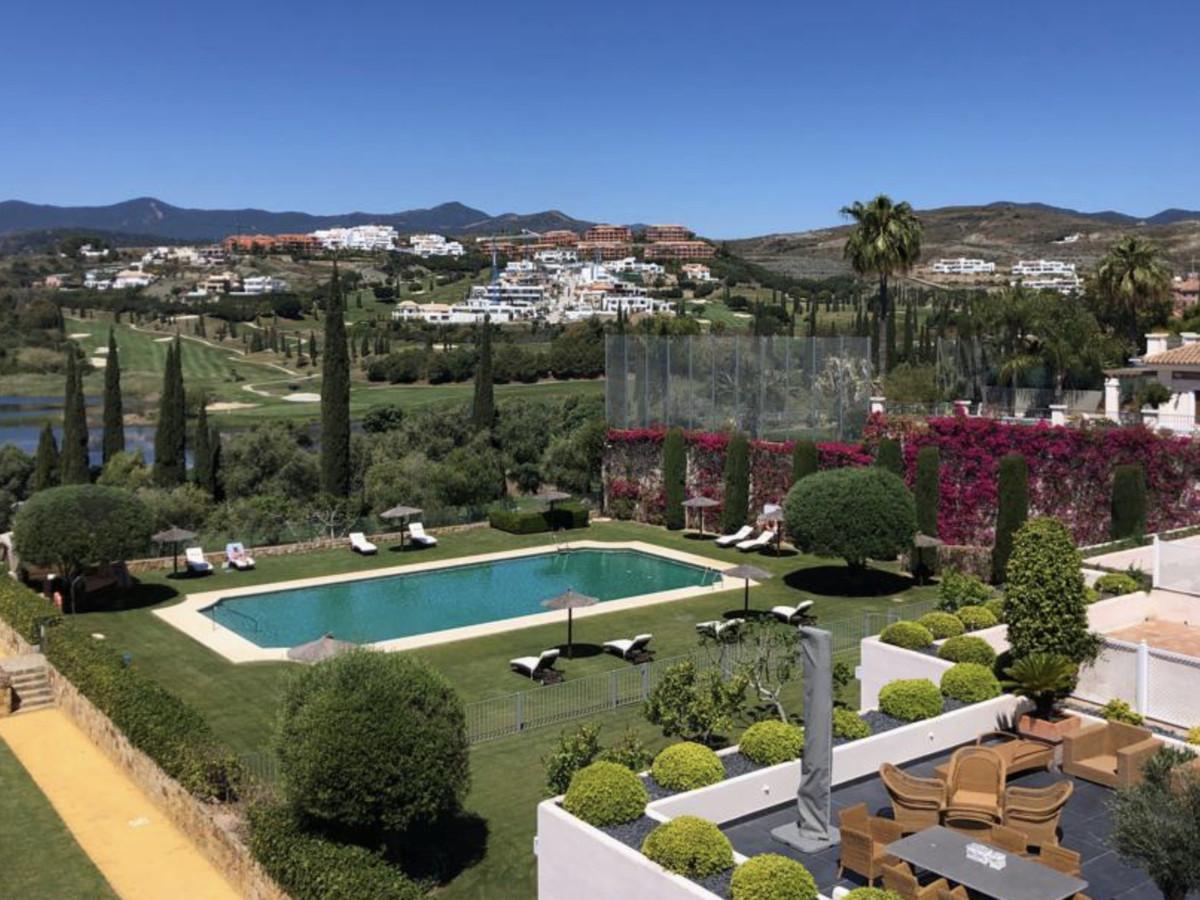 Penthouse El Lago de Los Flamingos. A stunning 3 bedroom corner duplex penthouse located in the pre,Spain