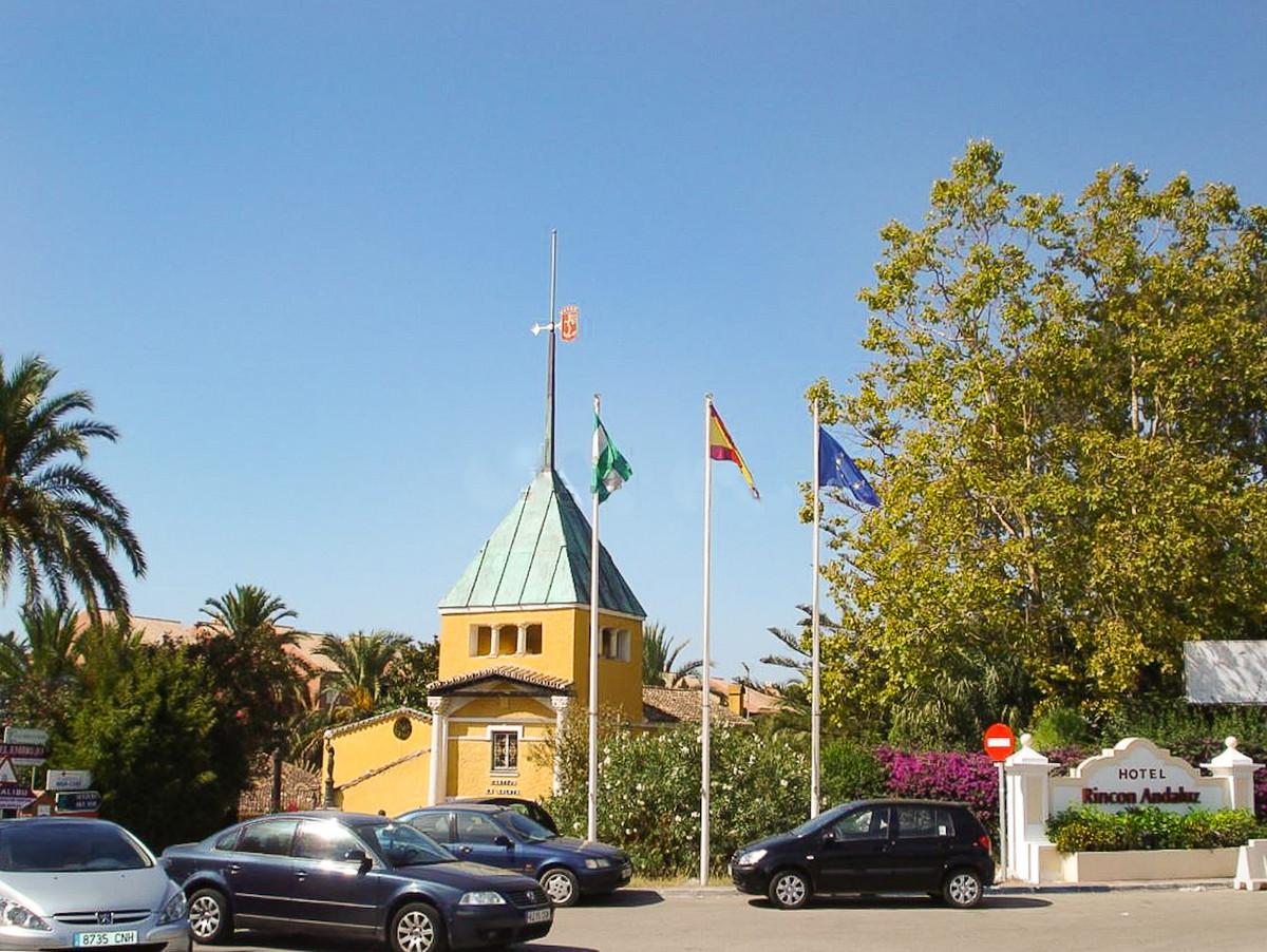Hotel for sale in Puerto Banús R3719966