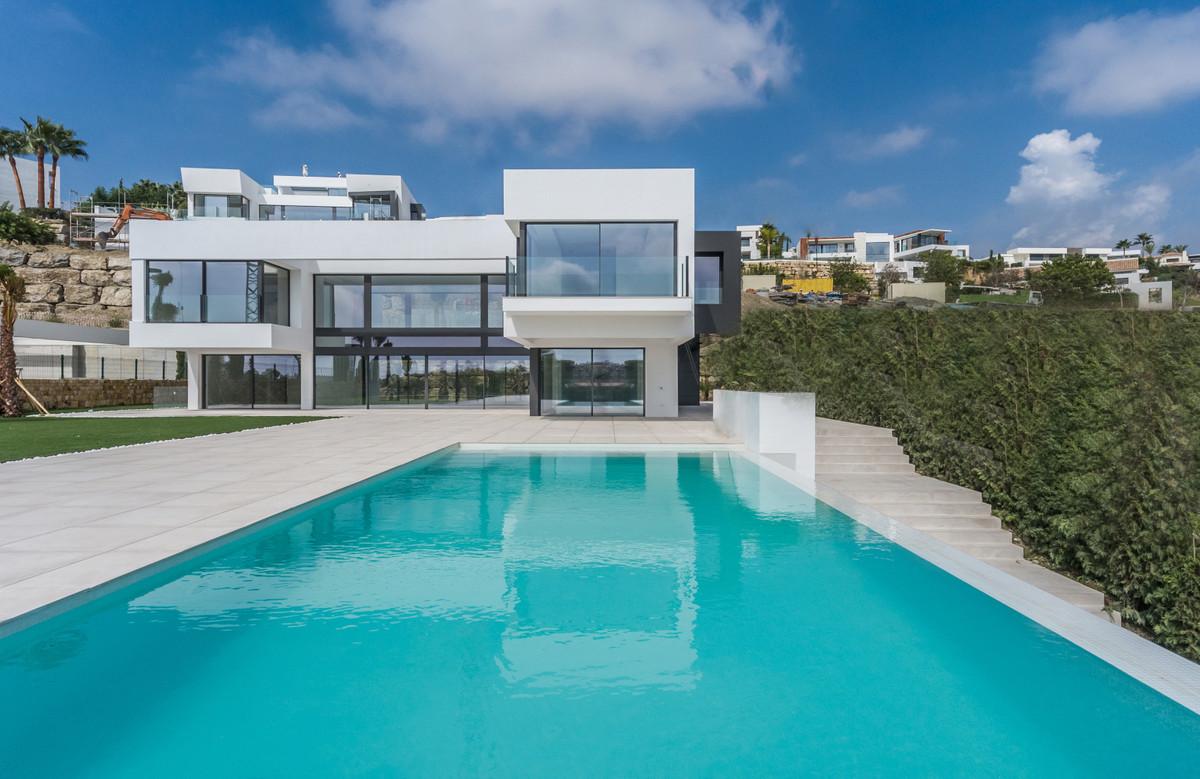 Villa  Individuelle en vente  et en location  à Benahavís