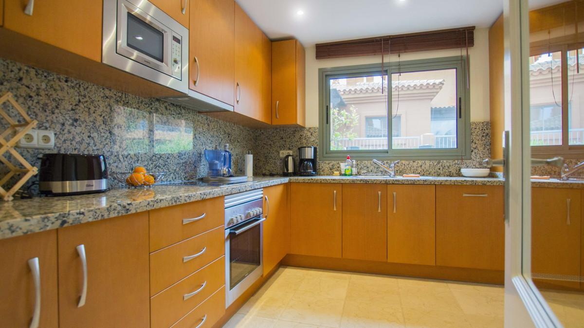 Appartement te koop in Benahavís R2927054