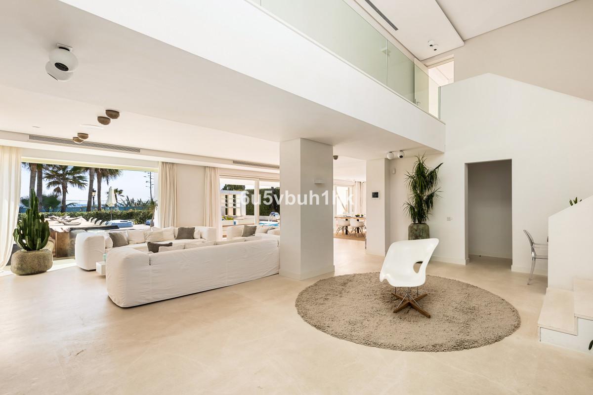 6 Bedroom Detached Villa For Sale Puerto Banús
