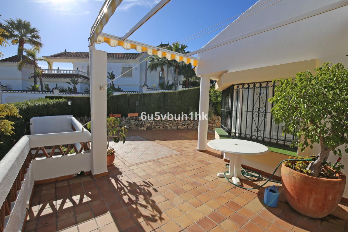3 Bedroom Villa For Sale, Calahonda