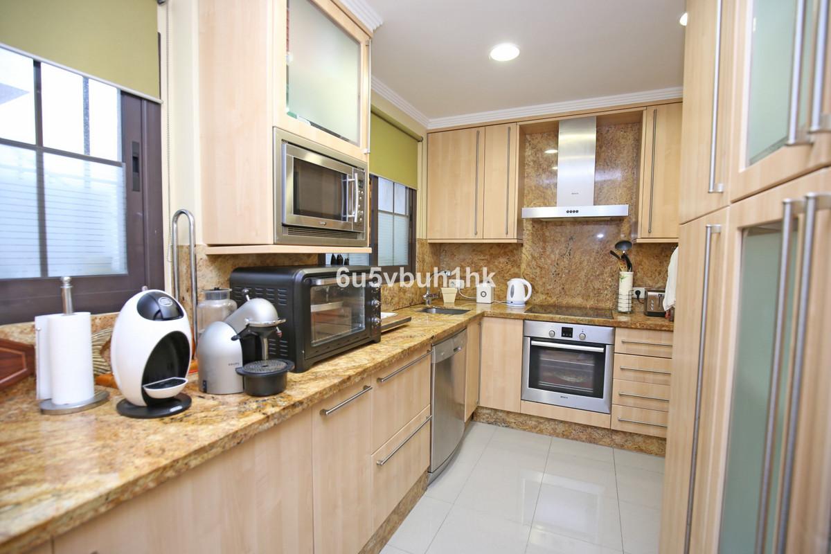 Apartment Ground Floor Nueva Andalucía Málaga Costa del Sol R3361789 4