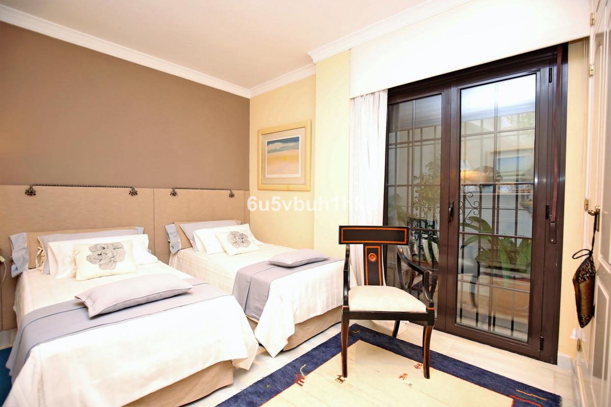 Apartment Ground Floor Nueva Andalucía Málaga Costa del Sol R3361789 8
