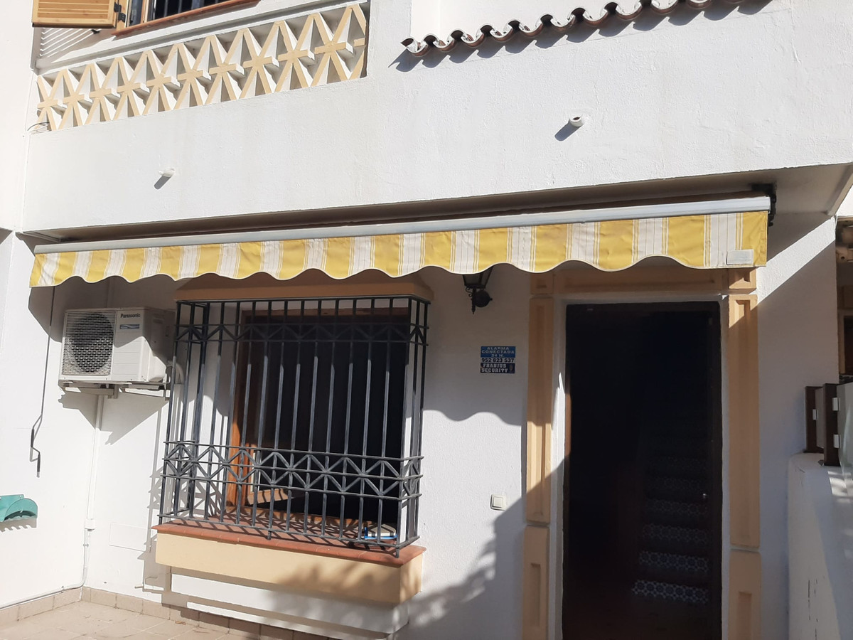 Townhouse, Montemar, Costa del Sol. 3 Bedrooms, 2 Bathrooms, Built 195 m², Garden/Plot 40 m².  Setti,Spain