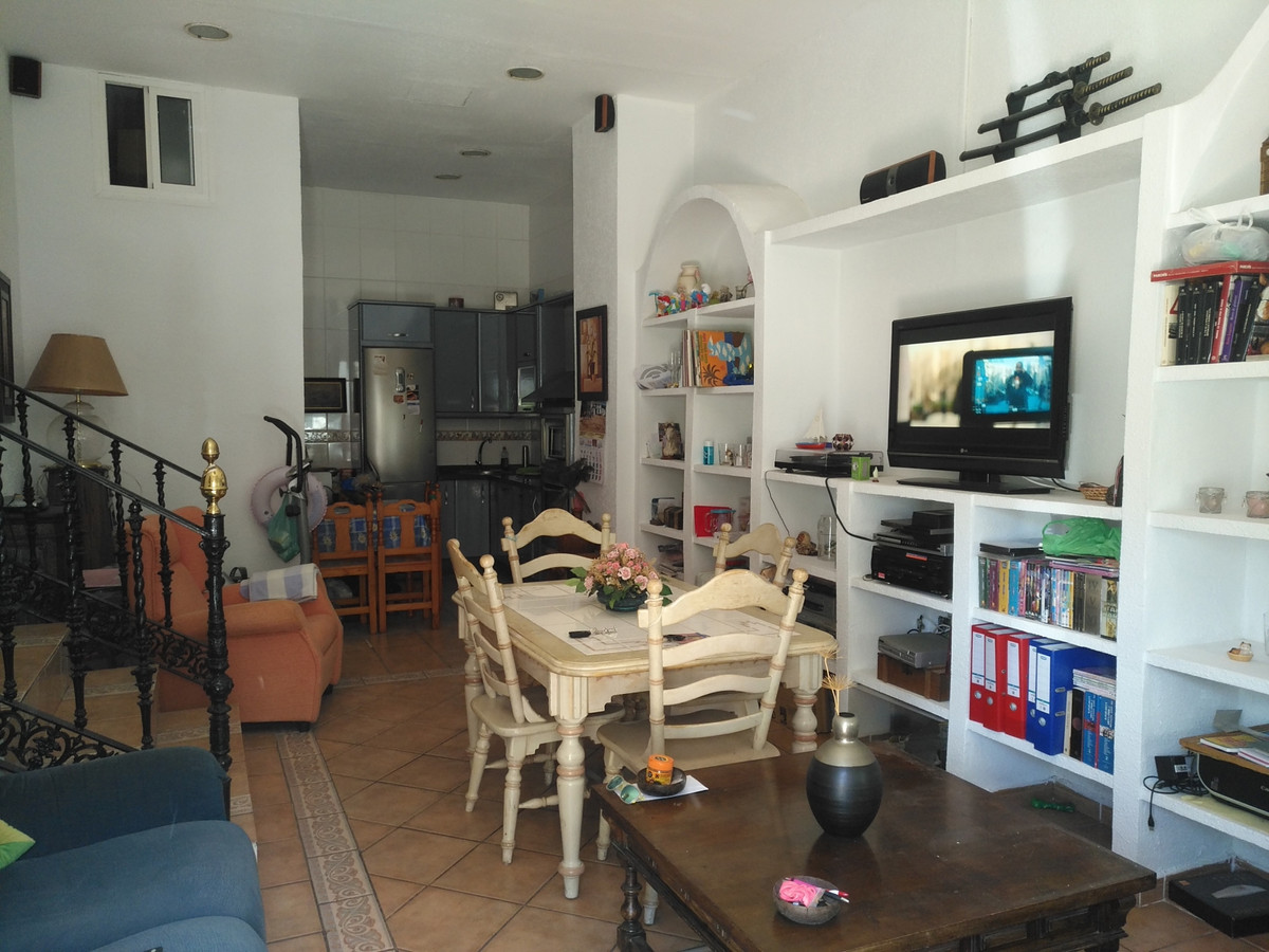Ground Floor Apartment, Montemar, Costa del Sol. 2 Bedrooms, 2 Bathrooms, Built 90 m².  Setting : Be,Spain